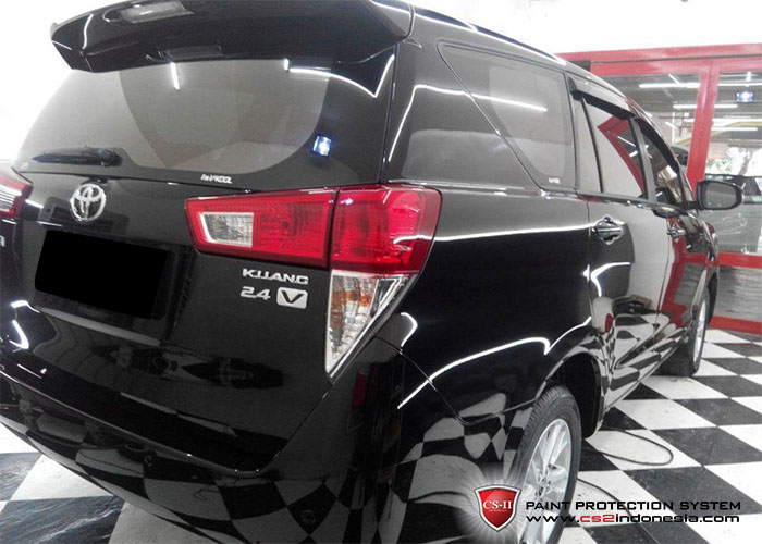 CS-II Paint Protection Indonesia Black Toyota Innova Glossy